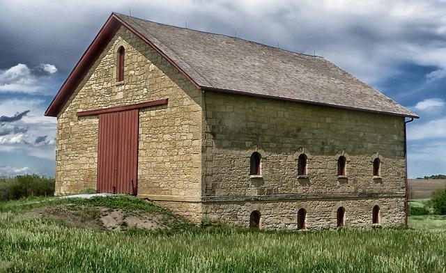 kamenná stodola.jpg