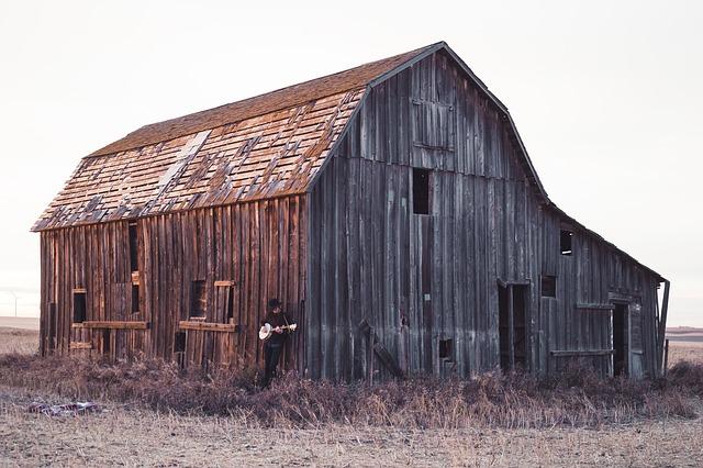 opuštěná stodola.jpg