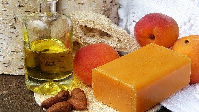 Meruňkový olej.jpg